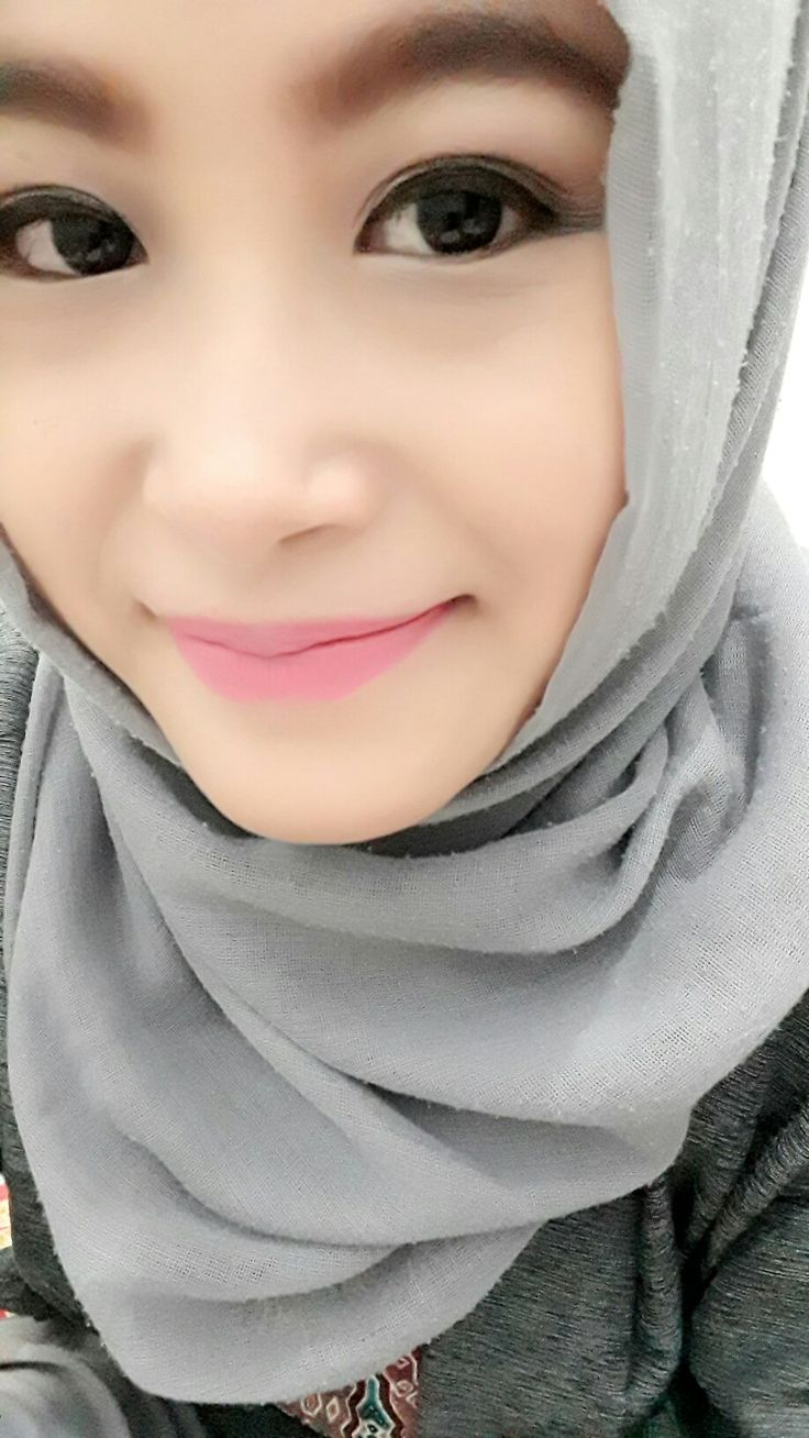 Grey hijab. #just #mydaily #hijab