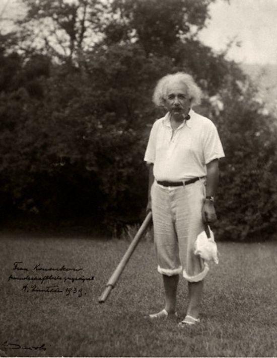 Going wadin' | 18 Photos Of Albert Einstein Being Super Chill