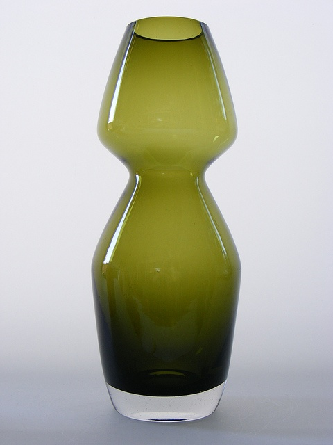 Green cased glass vase designed by Aimo Okkolin