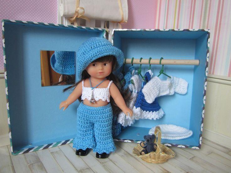 Coffret cadeau poupée mini corolline et son trousseau de vêtements au crochet : Jeux, jouets par atelier-crochet