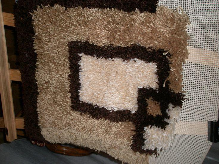 64 best images about ideas trapillo en pinterest trapillo patrones y collar de hilo - Como hacer alfombras de nudos ...