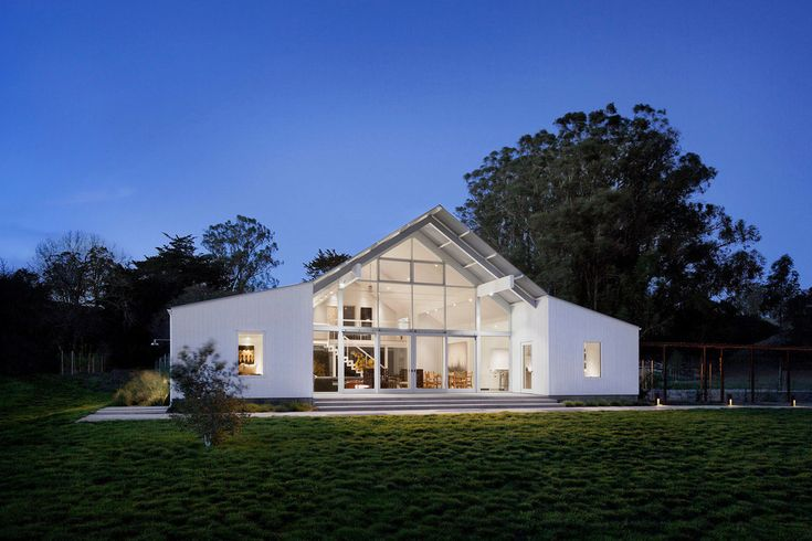 Modern Barn House In The Middle Of Nature Hupomone Ranch