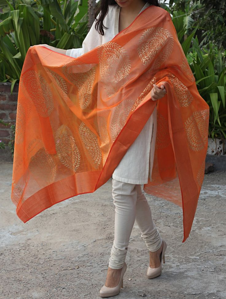 Buy Orange Golden Paisley Maheshwari Cotton Silk Dupatta Online at Jaypore.com