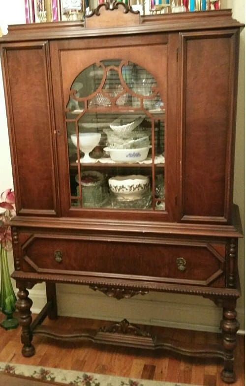 Best 25+ Antique Dining Rooms Ideas On Pinterest