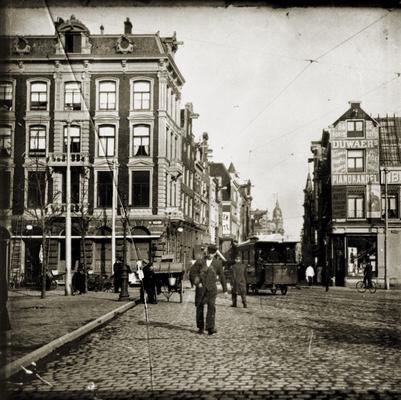 Het Leidseplein met één van de laatste paardentrams. november/december 1903