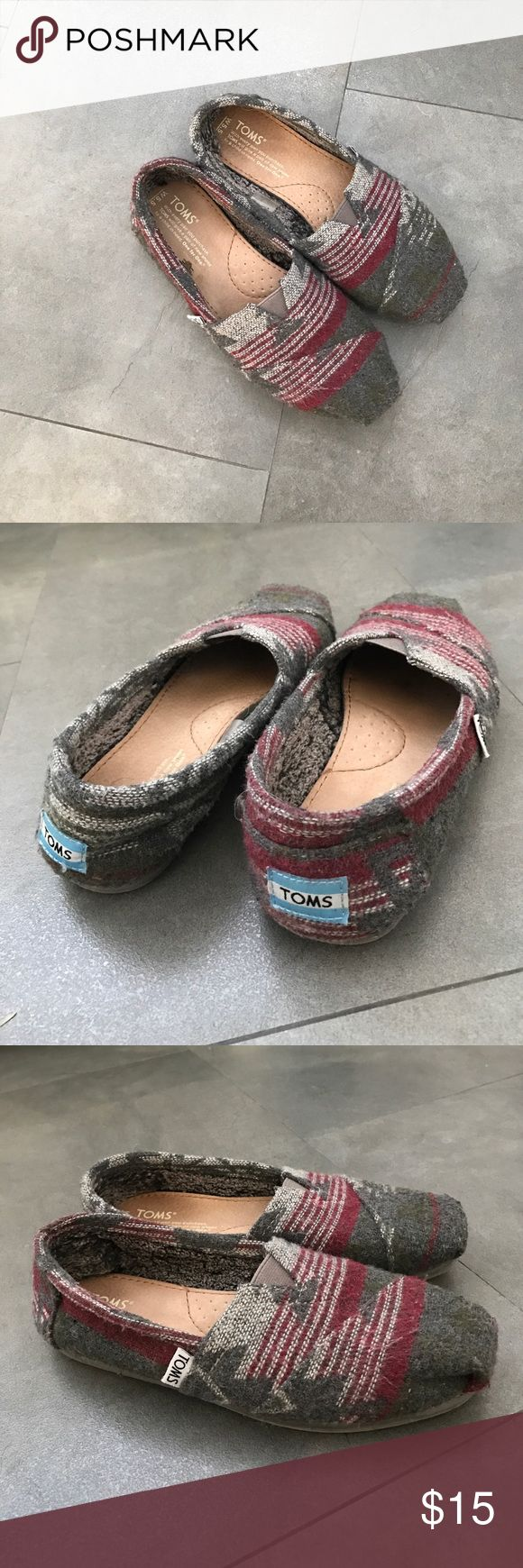TOMS Aztec shoes, size 5.5 Maroon, White, Grey Aztec-inspired pattern TOMS shoes with soft fur lining. TOMS Shoes Flats & Loafers