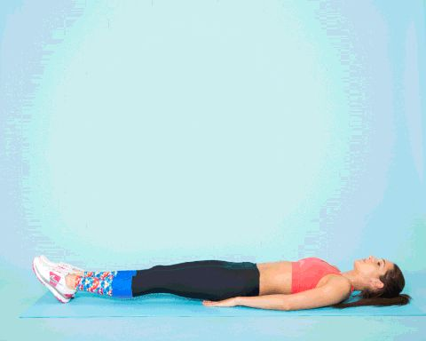 The Instagram star's seven-move circuit can help you sculpt a core you'll want to put on display.