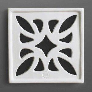 #Flower #griglia #areazione in #gres #ceramica #design  Durevole nel tempo Facile da pulire Semplice da installare Permette una riduzione dell'umidità Consente un maggior isolamento acustico Passaggi a norma ISO 5219 – UNI 8728 – UNI CIG 7129. #grigliedecorative #AirDecor www.fuoridesign.it #fuoridesign
