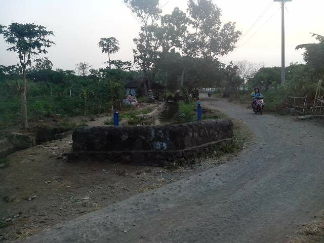 Di Desa Indonesia