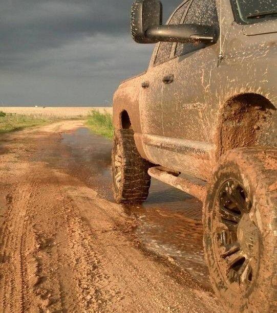www.DieselTruckGallery.com Beast Cummins in the Mud
