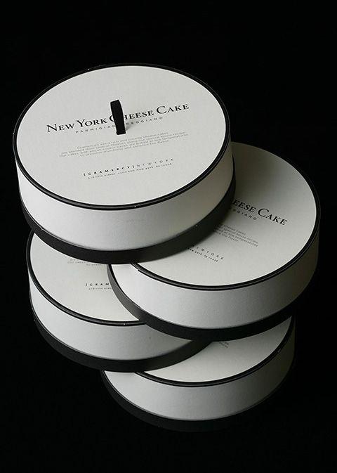 GRAMERCY NEW YORK (Cake Box)