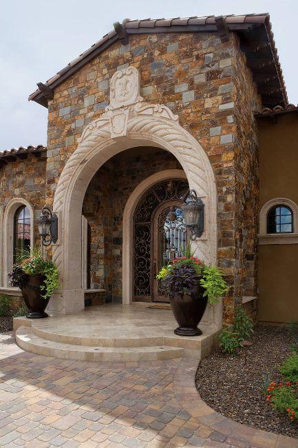 Custom Home Images - A Banker's Retreat