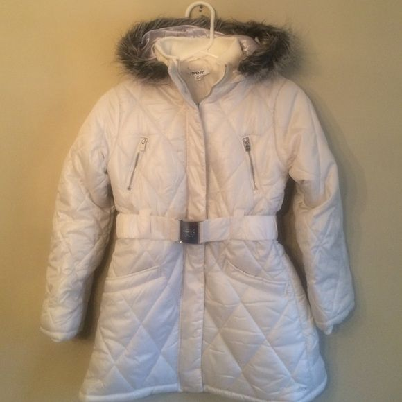 diamond stores online NWT DKNY Girls Quilted Jacket   Medium New White Girls winter jacket with faux fur trimmed hood  100  polyester  Washable  Size medium which is equivalent to a size 10  DKNY Jackets  amp  Coats Puffers
