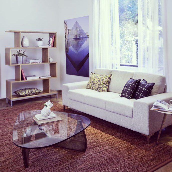 #Moderno, #cómodo y #simple. Nuestro #Sofá #Oregon de 3 cuerpos es lo que andas buscando!! Disponible en #color beige y negro - gris. #Mesadecentro #espacios #ambientes #MueblesSur
