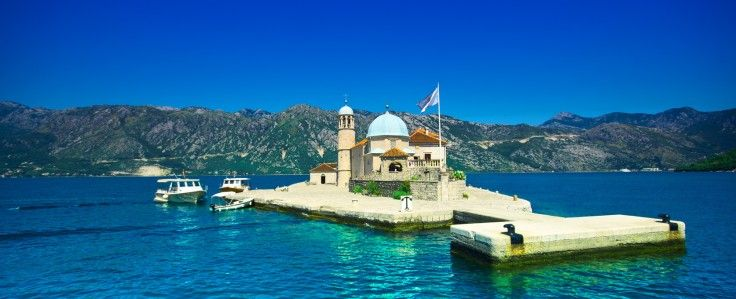 Searching for vacation rentals in Montenegro? Best choice and easy online booking on http://www.apartmontenegro.com/ Just choose between cities Budva, Kotor, Herceg Novi, Tivat, Petrovac and make a reservation for accommodation Montenegro up to your needs.