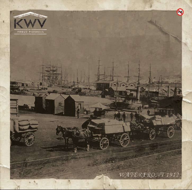 Cape Town in 1900s. Even that long ago people were streaming to the Cape for our sunshine and produce.
