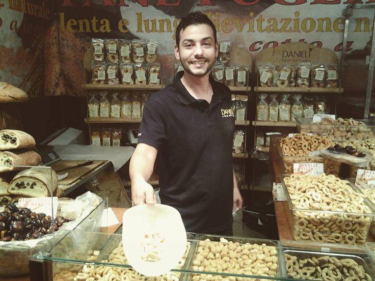 Venite a gustare tutte le #golositá di #mostrartigianato ! #cibo #food #italianfood #artigianato #taralli #gusto