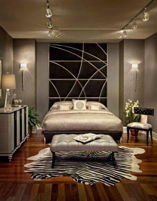 Luxury bedroom www.OakvilleRealEstateOnline.com