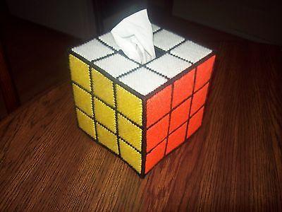 Hecho a mano de lona de plástico cubierta caja de pañuelos (Rubik's Cube) (no un patrón)