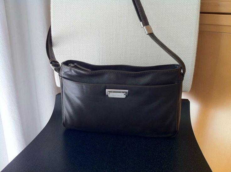 Handtaschen_Wellness // feine Lederpflege für GERRY WEBER // Hochwertige City-Schultertasche, Fashion & modernes Design