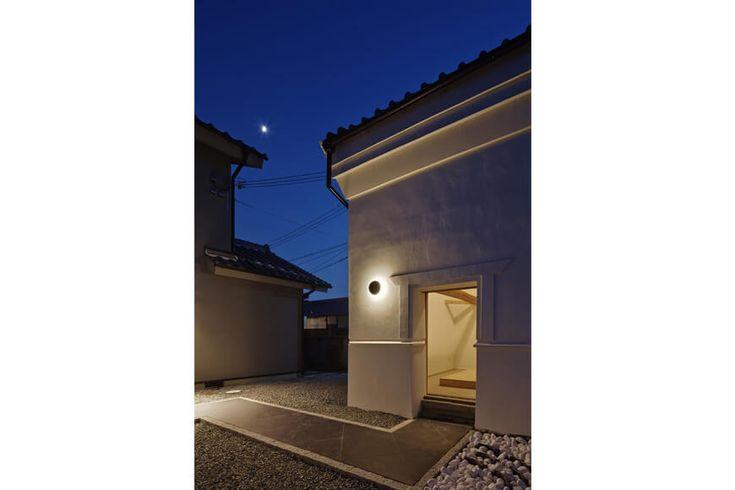 和モダンの家 漆黒の家 アーキッシュギャラリー
