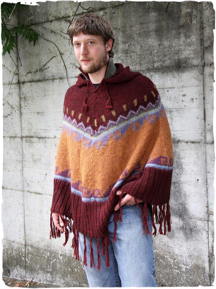 Poncho Etno #poncho amopio in maglia di #lana con #cappuccio e collo alto di due #colori, collo chiuso con cerniera. #Disegno #etnico geometrico. #autunno2016 #autunno #rosso #arancione #ponchouomo #lamamitafashion #modauomo #modaautunno