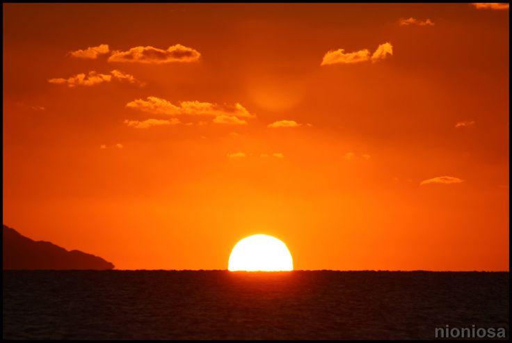 Ανατολή ηλίου, Καμάρι, Σαντορίνη.