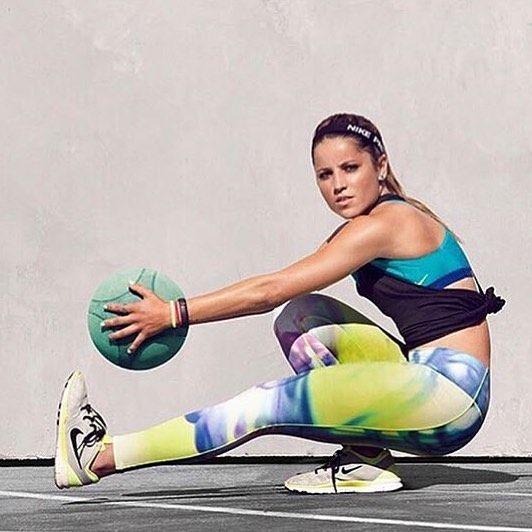 @leticiabufoni Atléticas. #abs #academia #atleta #atleticasalesiana #ballet #bestbody #bike #bikini #biquini #corposarado #corridaderua #esportes #fit #fitness #garotas #girls #gym #mulhermaravilha #pilates #run #running #shape #shelifts #spinning #sports by atleticasalesiana