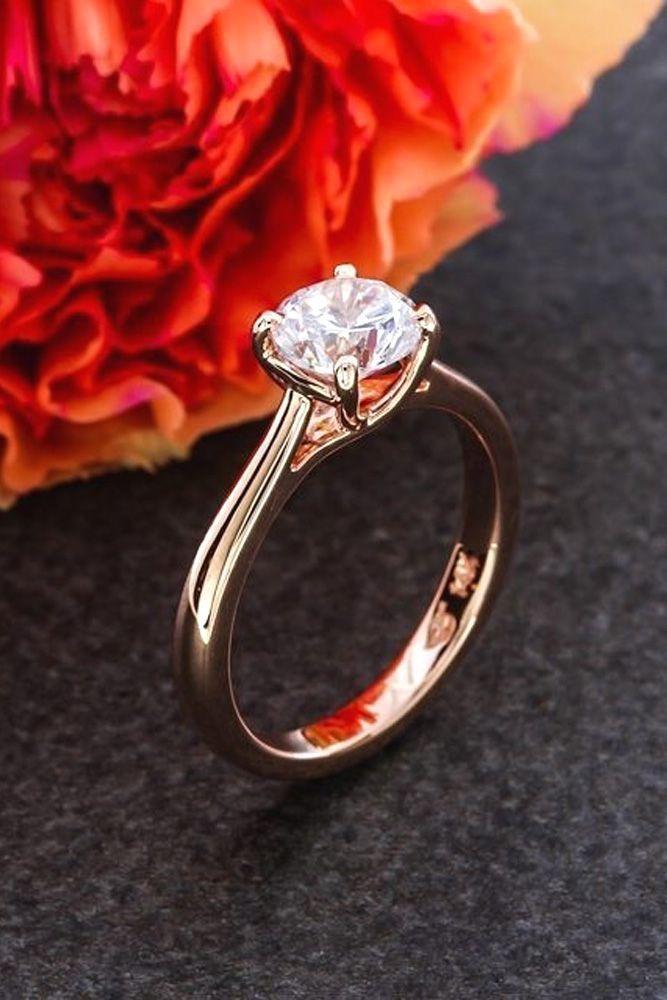 Idée et inspiration Bague De Fiançailles :   Image   Description   Simple Engagement Rings For Girls Who Loves Classics ❤ See more: www.weddingforwar… #wedding #engagement #rings