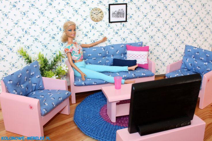 Wypoczynek z małą kanapą i telewizorem :) https://kolorowe-mebelki.pl/
