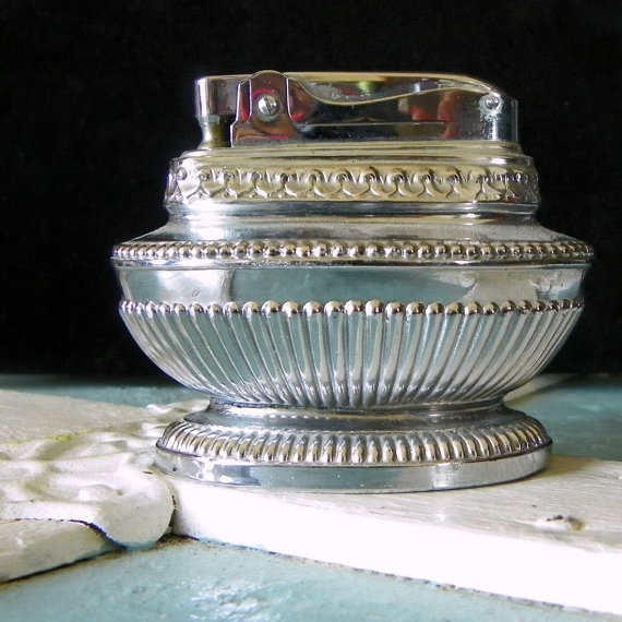 Antique Vintage Tobacco Table Top Lighter By LoLoandRubys