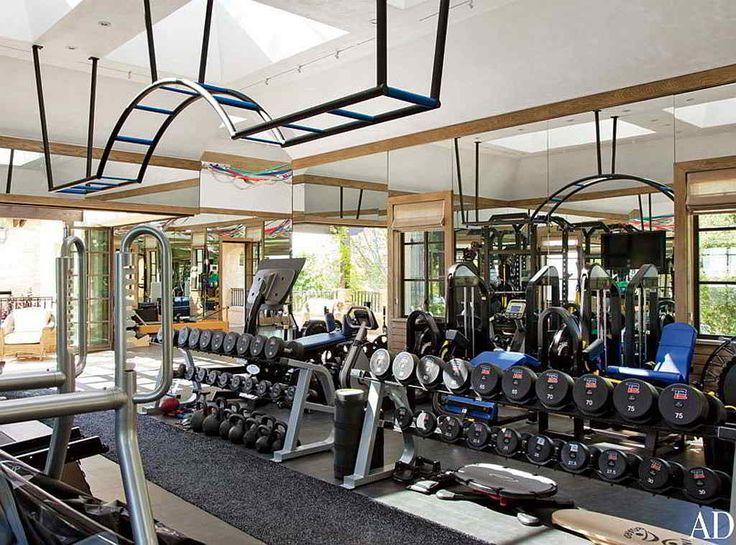 Die besten 25+ Tom brady mansion Ideen auf Pinterest Tom brady - fitnessstudio zuhause einrichten