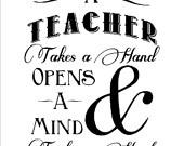 Een leraar neemt een Hand Opent Een Geest en Touches Een Hart