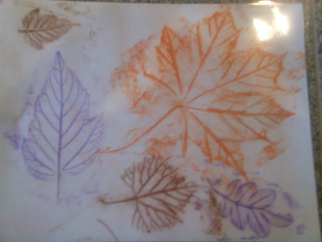 Laminated Place-mats {An Onion Exposed} Great fall idea for Thanksgiving!