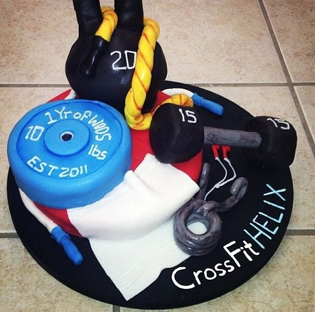 Cake Designs For Gym Lovers : Best 25+ Gym cake ideas on Pinterest Crossfit cake ...
