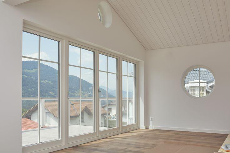 Die besten 25 runde fenster ideen auf pinterest hobbit haus innen bohemian studio und runde - Fenster beschlagen von innen wohnung ...