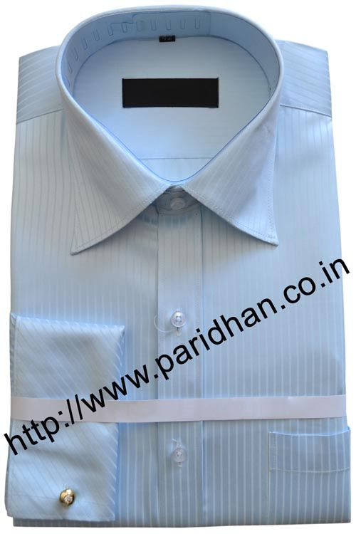 Traditional cotton shirt made in cotton fabric.