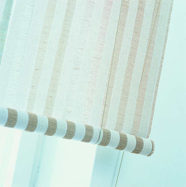 Woodnotes Open Sky Classic roller blind, col. white-natural.