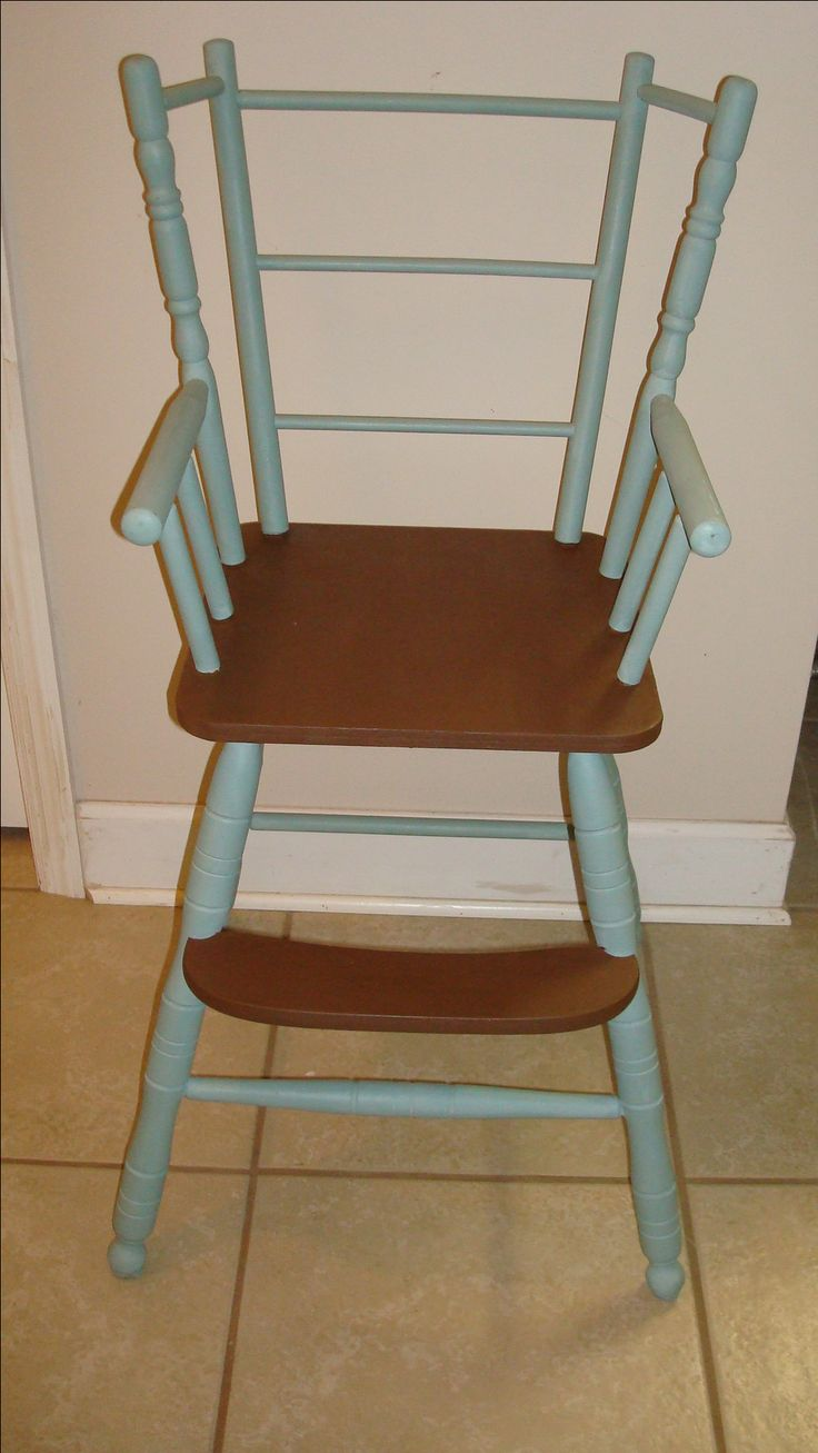 Vintage wooden high chair - Cute Vintage High Chair Chalked Up