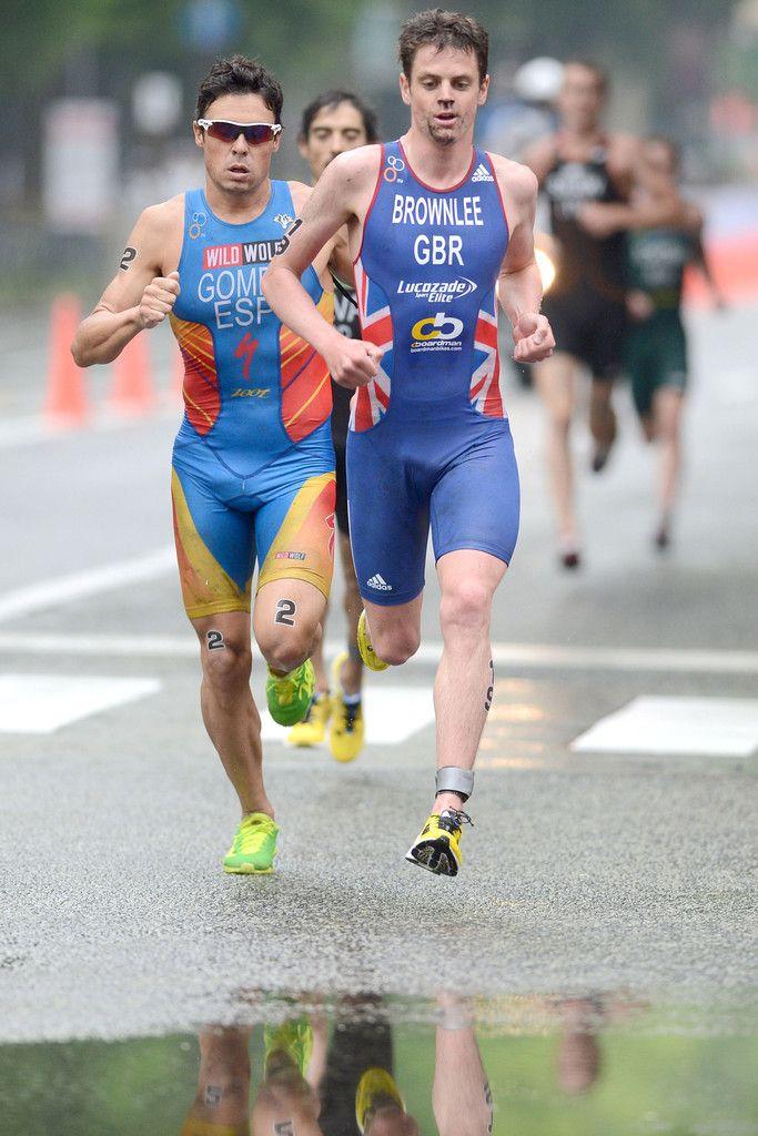 Jonathan Brownlee of Great Britain and Javier Gomez of Spain
