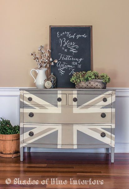 painted furniture union jack autumn vignette, chalk paint, diy, painted furniture