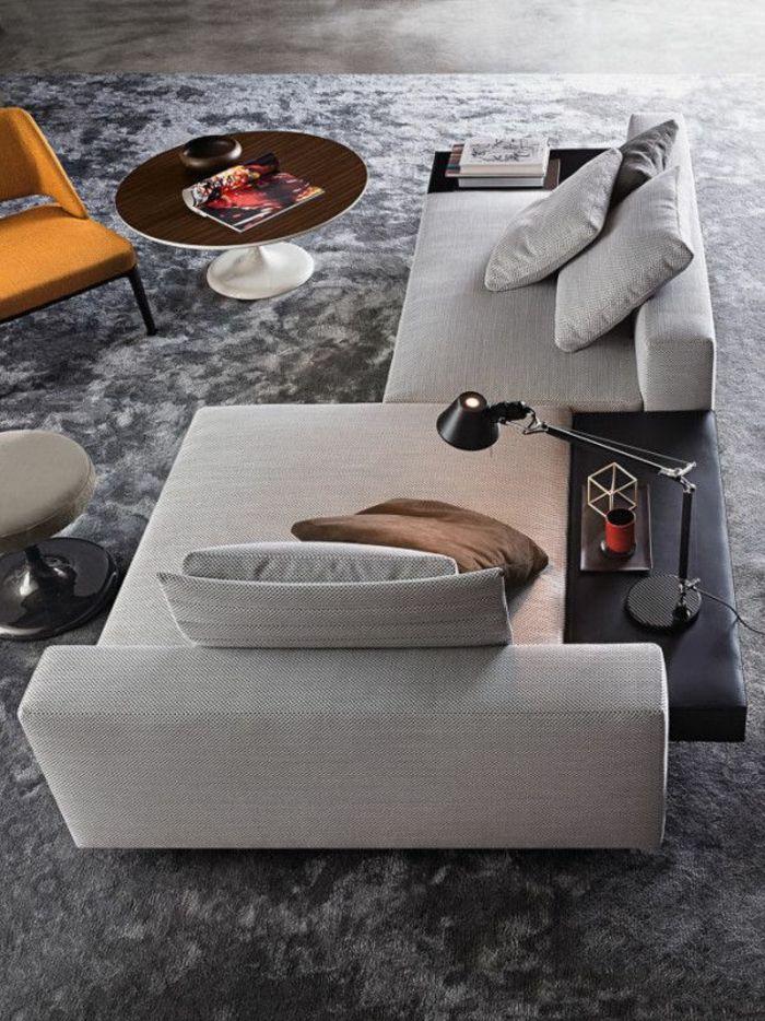 wunderschöne deko im wohnzimmer - schickes sofa in grau wohnen