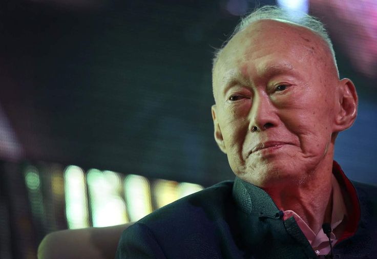 Singapore's Former Prime Minister Lee Kuan Yew Is Still on Life Support Lee Kuan Yew #LeeKuanYew