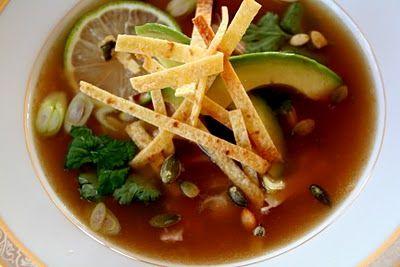 Mat på Bordet: Lei av taco? Lag tortilla suppe    http://www.matpaabordet.com/2010/11/lei-av-taco-lag-tortilla-suppe.html#