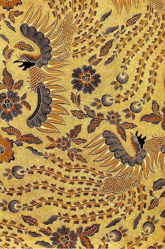 Batik dengan motif burung sawunggaling (ayam jantan, berasal dari mitos Jawa) karya Go Tik Swan, 1964, koleksi Iwan Tirta.