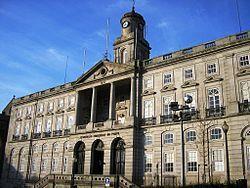 Palácio da Bolsa ist ein ursprünglich als Börse und Handelsgericht genutztes Gebäude in der portugiesischen Stadt Porto.