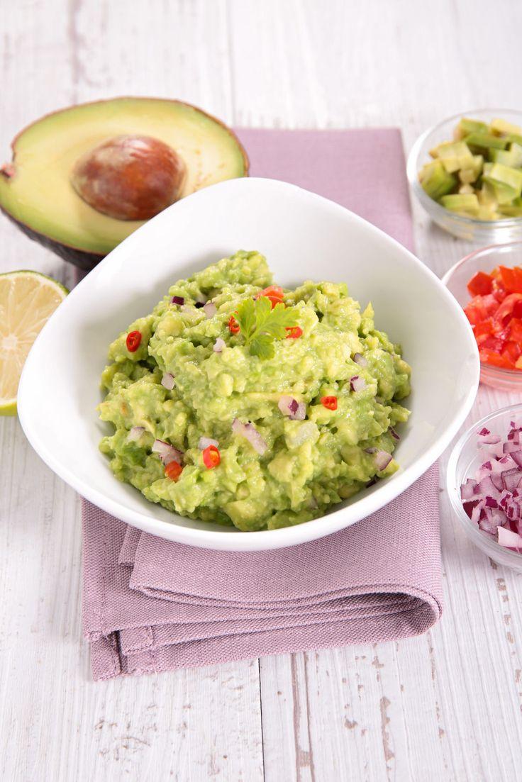 We love guacamole! Gewoon met een handjevol tortillachips of wat dacht je van een wel heel origineelguacamolerecept? Dit groene goedje smaakt zo al hemels, maar nu blijkt er een ingrediënt te zijn waardoor je 'guac' nog beter smaakt. Pluspunt: het…