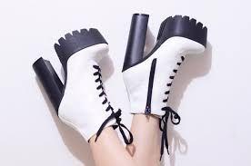 Resultado de imagem para sapato tratorado