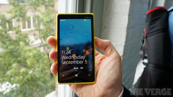 I love my iPhone, but these new Nokia Windows Phones are beautiful // Nokia Lumia 920 Hands On