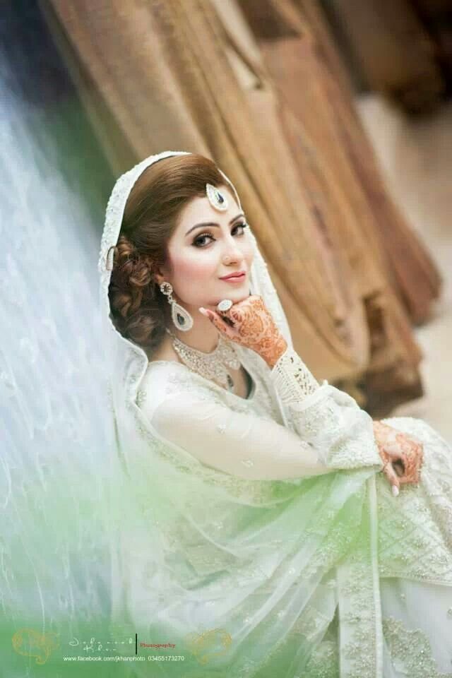Pakistani Bride. She's just beautiful.